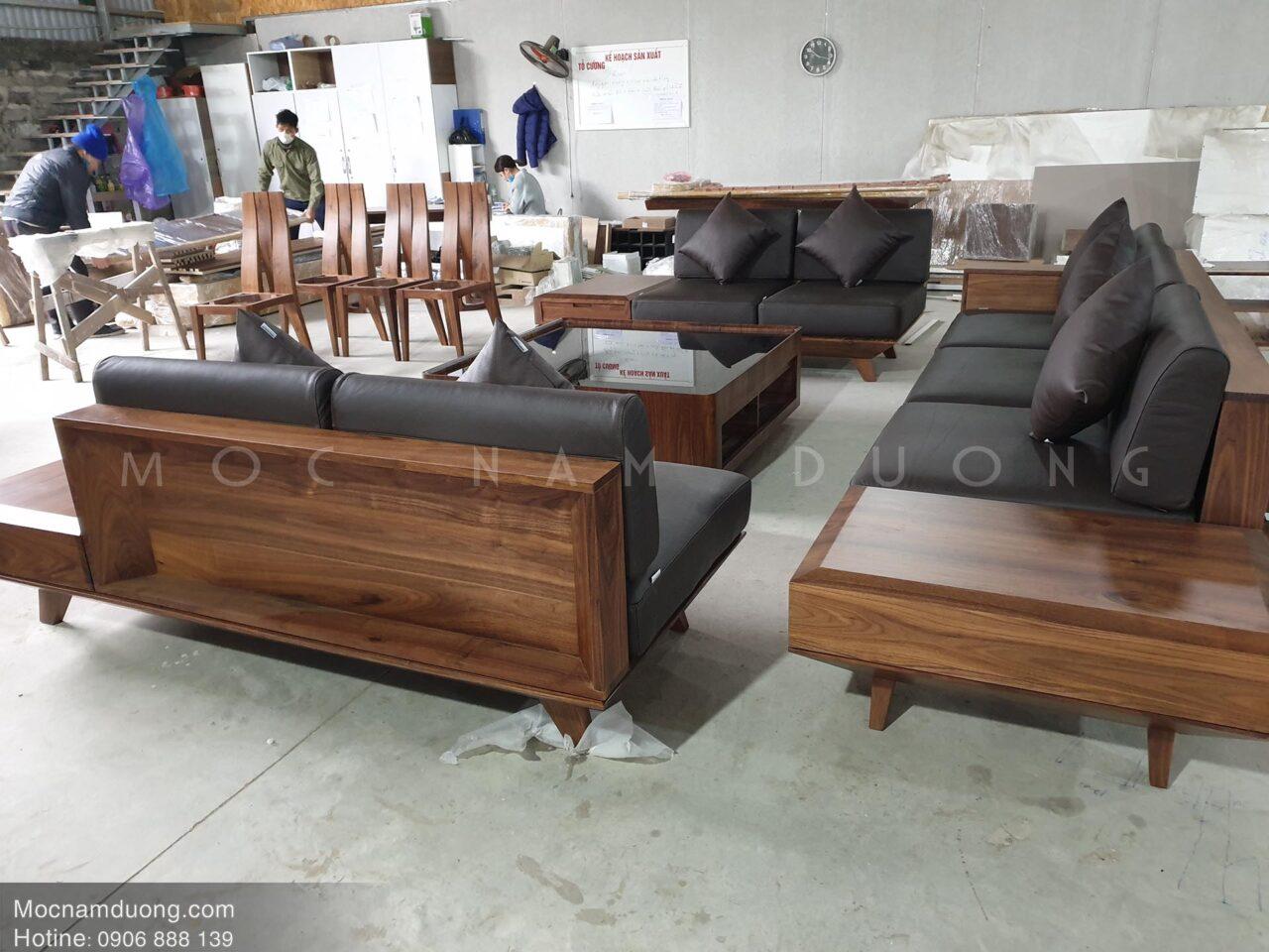 Mẫu sofa gỗ óc chó bộ văng 123